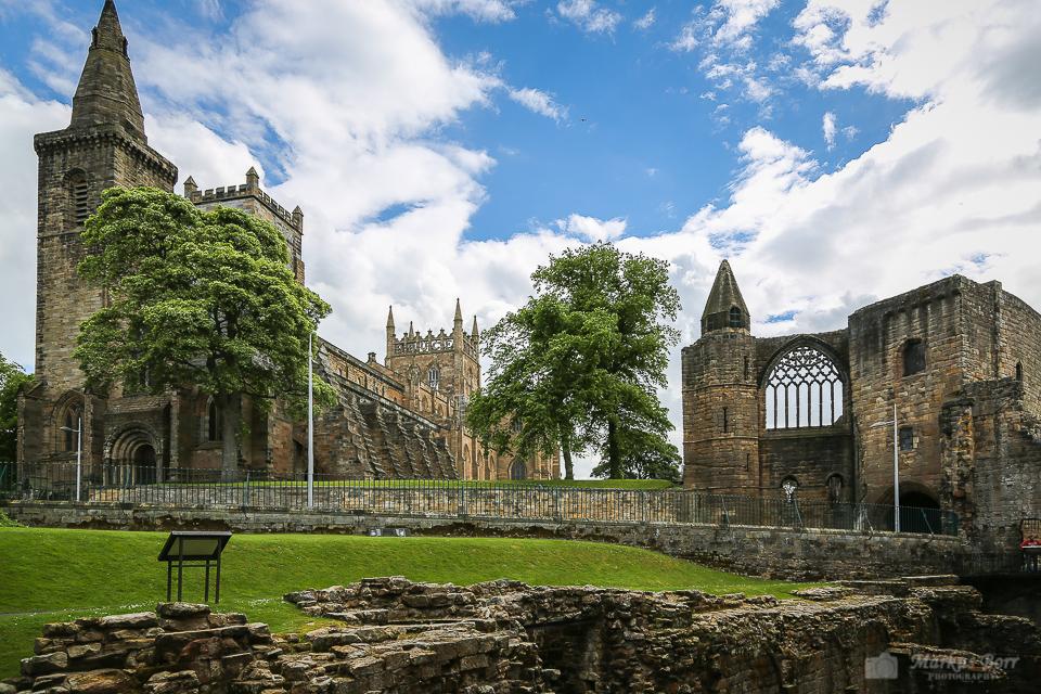 Dunfermline Abbey und Palace